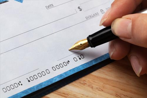 cheque-debt-bills-signature-96.jpg - Real Estate News